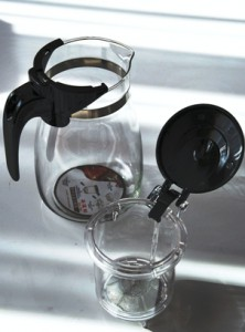 Mechanischer Teezubereiter für Tee, Eistee und Kräuter- / Früchteinfusionen