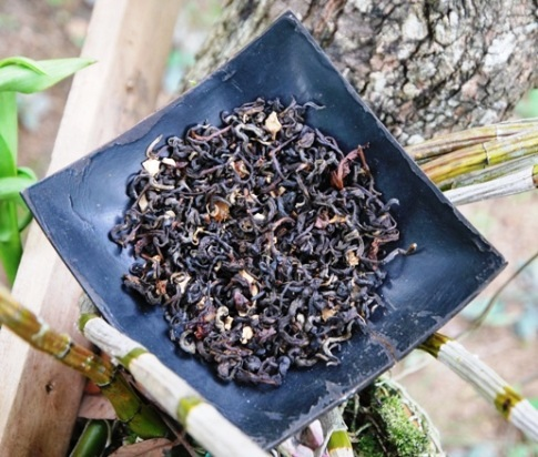 Hillside Blend Black aromatische Teemischung: Nahaufnahme