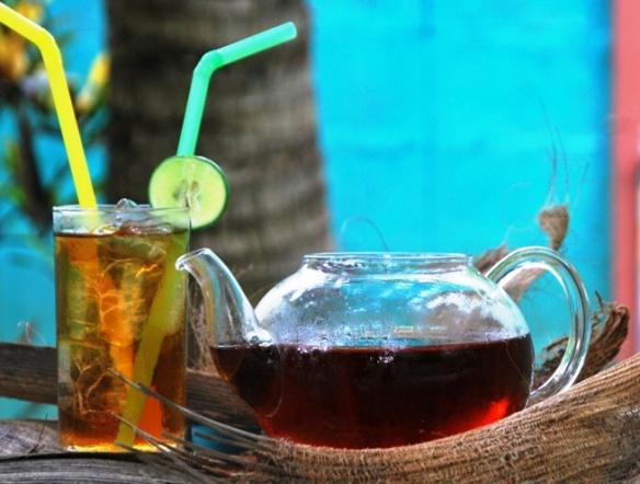Coconut Black thailändische Teemischung Teemischung genossen als Eistee mit Zitronenscheibe
