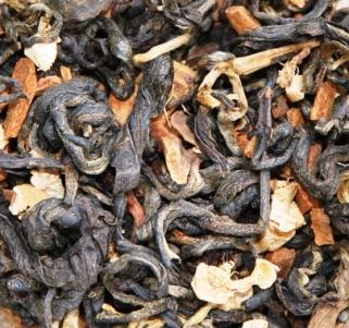 Oriental Chai Thai-Teemischung - Nahaufnahmen des trockenen Blattmaterials