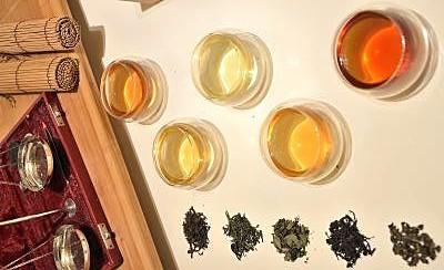 39 die farbe von tee 39 teegl ser doppelwandig siam tee shop. Black Bedroom Furniture Sets. Home Design Ideas