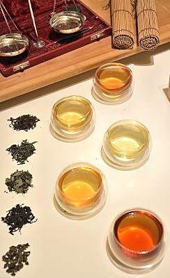 'Die Farbe von Tee' Teegläser, doppelwandig
