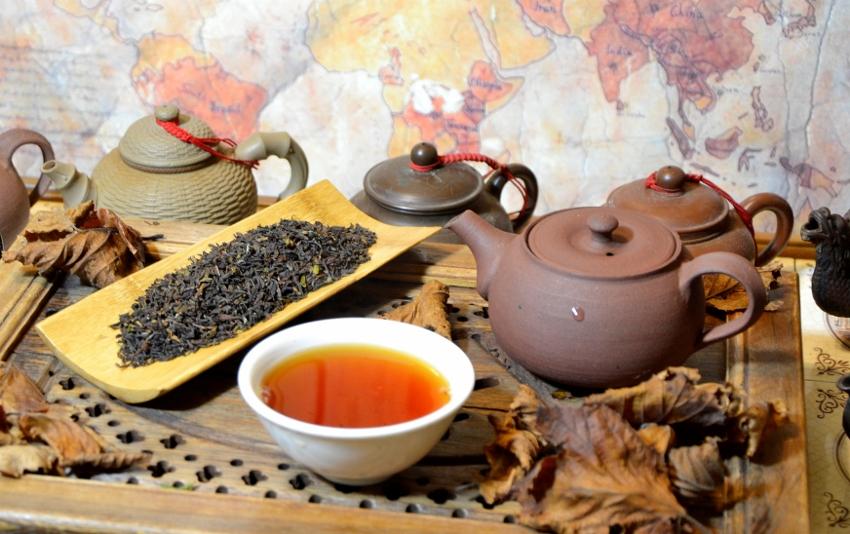 "Jungpana Autumn Flush - Herbstpflückung (""Autumnal"") des Teegartens Jungpana in Darjeeling"