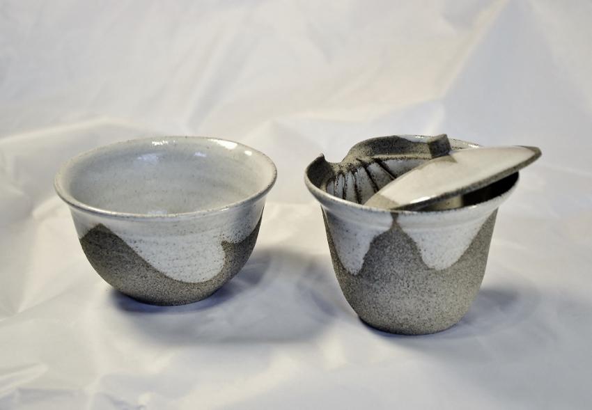 SiamTee Signature Shiboridashi 120ml, hellgrau, 2tlg. Set mit Teeschale